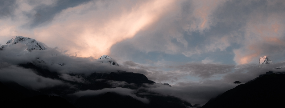 annapurna-wreathed-2