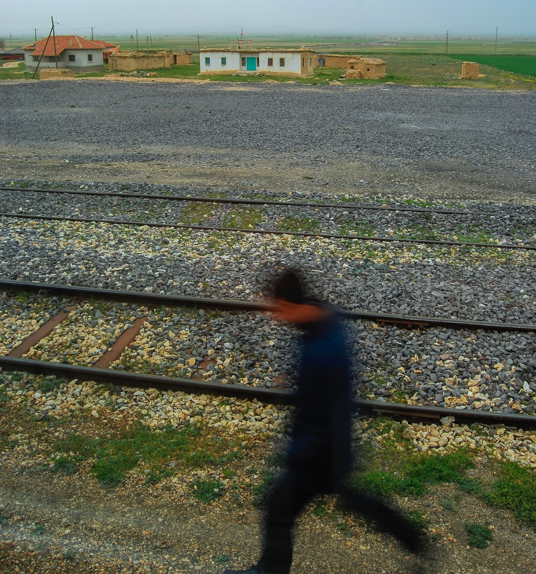 blurred-figure-anatolia