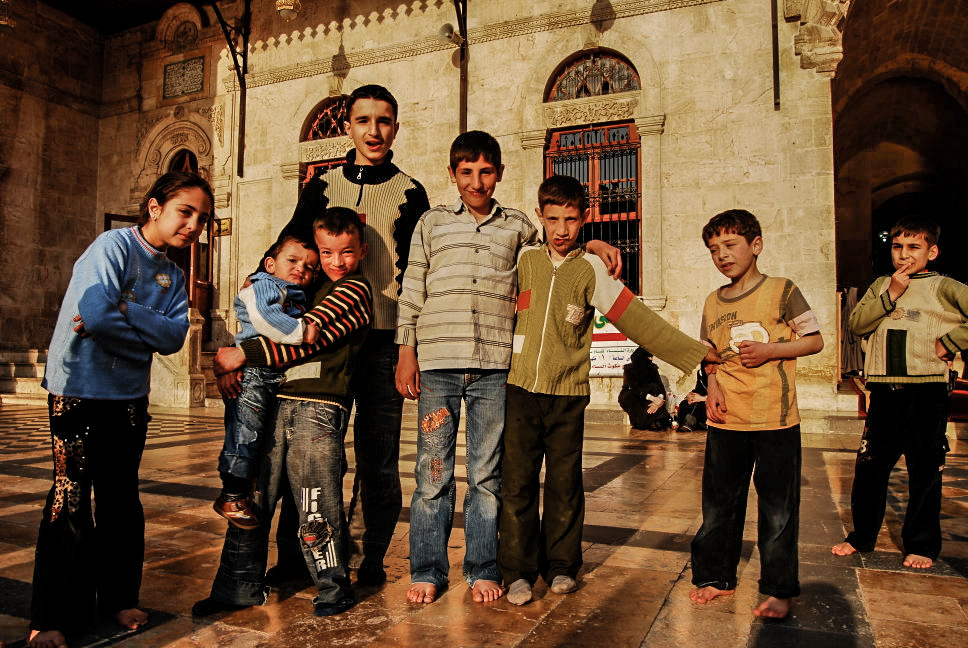 kids-at-umayyad-mosque