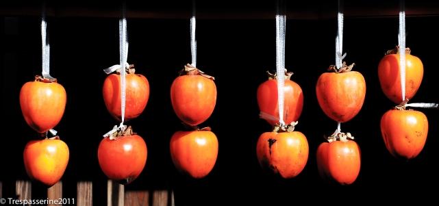 drying-fruit-in-tsumago